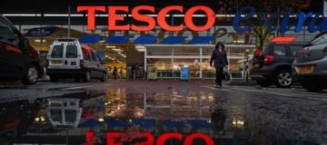 Tesco share price falls despite taking the fight to supermarket rivals with rising revenues