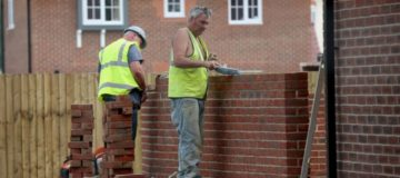 Housebuilder Persimmon profits top £1bn as it names new CEO