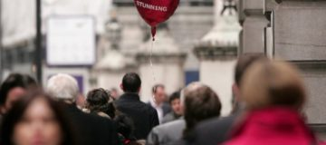 London's cheapest and most boring Valentine's Day gift-givers revealed in research