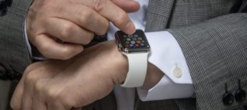 New peer-to-peer payment app Square Cash lets you transfer money to your friends using Apple Watch