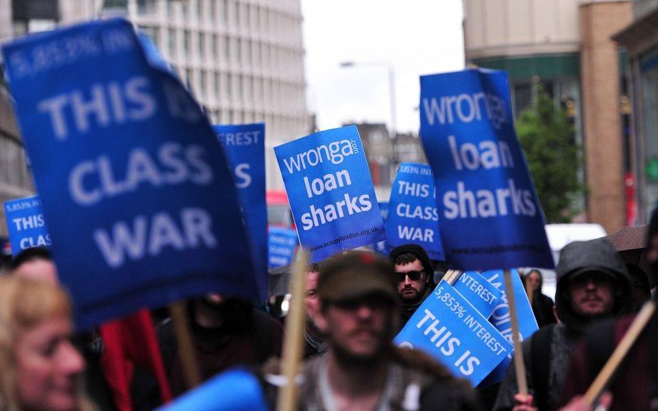 Regulator warns payday lenders over risky loans