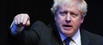 Boris Johnson launches no-holds barred attack on Theresa May's Brexit plan in highly-anticipated conference speech