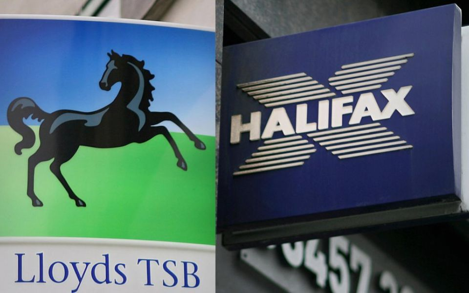 Lloyds Bank suffers IT outage as customers struggle to send