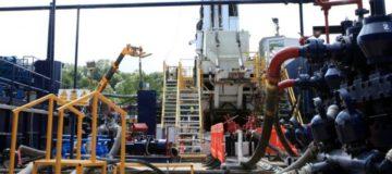Fracking firms see shares crash after government calls halt