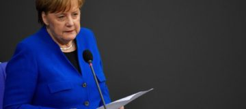 Angela Merkel calls for Brexit delay of 'several months'