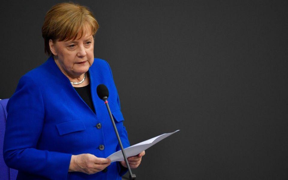 Angela Merkel calls for Brexit delay of 'several months'