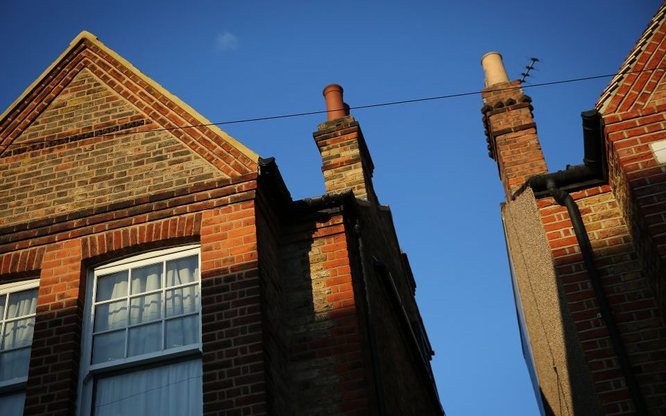 Worst London house price drop in 10 years drags down UK house prices growth