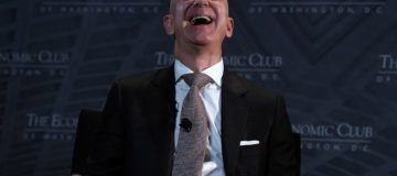 Top 10 CEOs: Amazon's Jeff Bezos tops index of chief executives, but who else makes the list?