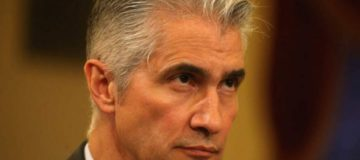United Airlines boss Jeff Smisek steps down amid ongoing Port Authority investigation