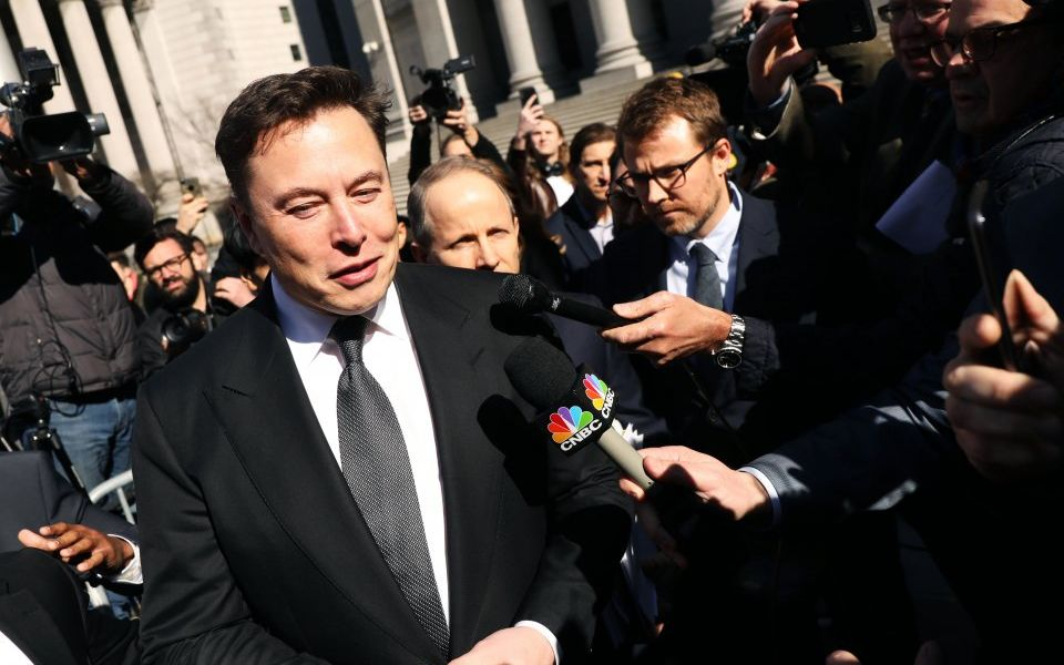 Tesla's Musk and SEC ordered to settle out of court within a fortnight