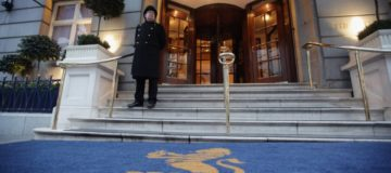 London luxury hotel market booms as weak sterling attracts tourists
