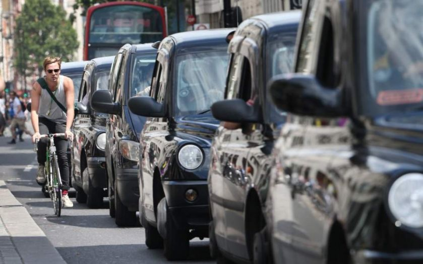 Taxi wars: Black cab app Gett takes on Uber with £10 flat fare in central London (but it doesn't go south of the river)