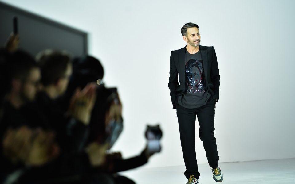 Nirvana Sues Fashion Designer Marc Jacobs For Alleged Copyright Breach Over Use Of Smiley Face Logo Cityam Cityam