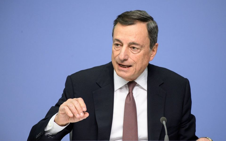The euro falls as ECB chief Draghi delivers pessimistic verdict on Eurozone economy