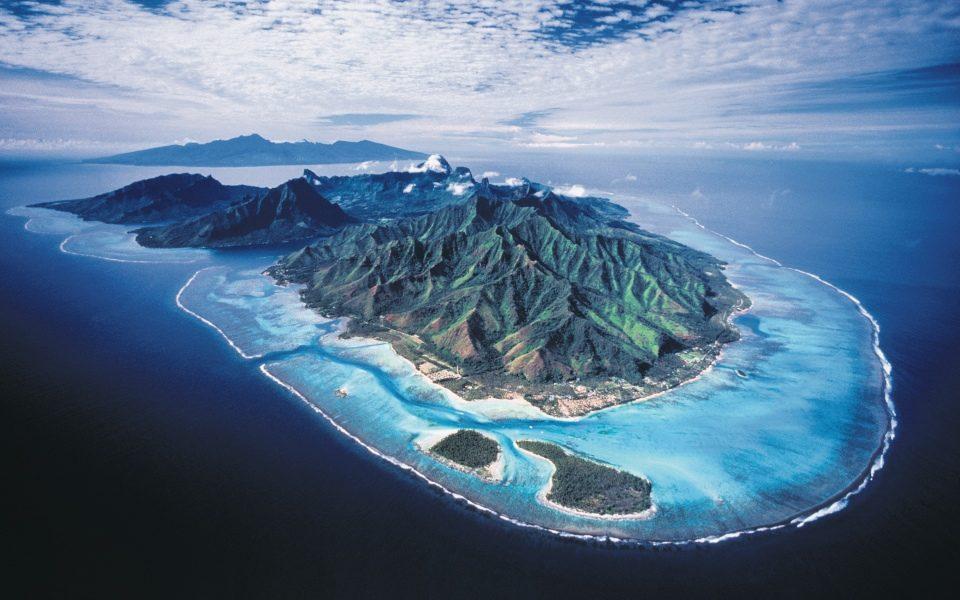Bored Of Bora Bora Set Sail To The Islands Of Rangiroa