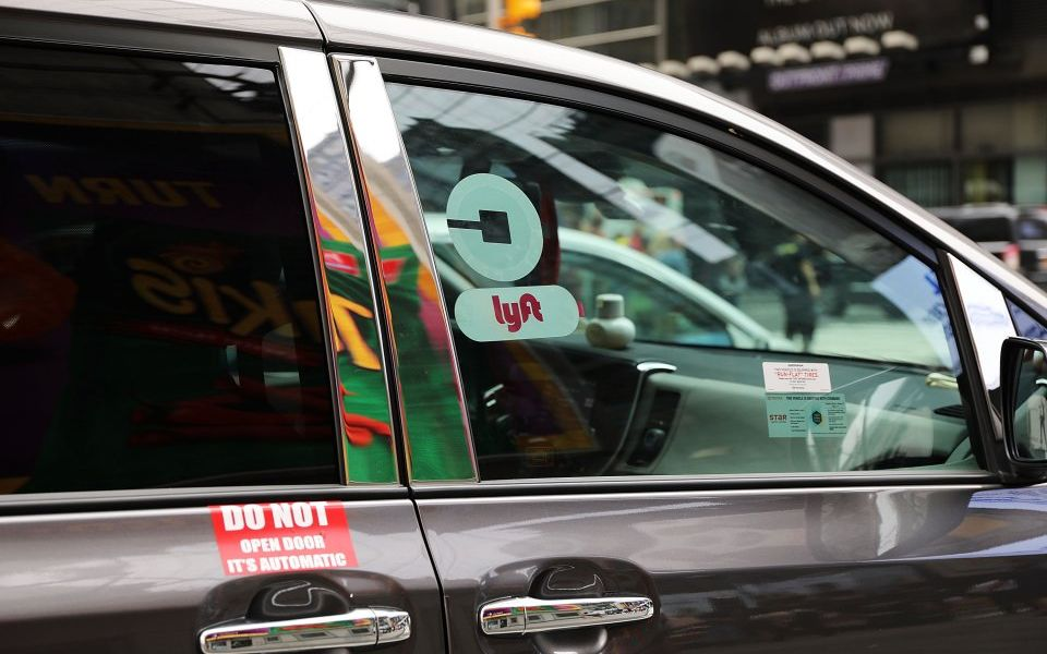 Lyft onboards JP Morgan, Credit Suisse and Jefferies to lead its IPO