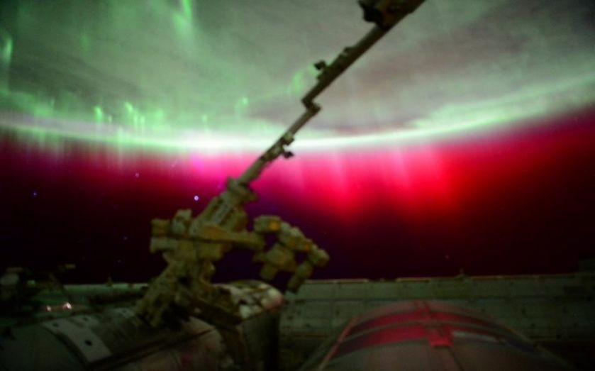 Stunning image of the red aurora taken from International Space Station