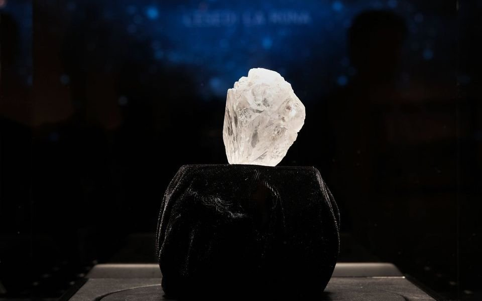 Diamond sales fall at De Beers after unusually strong end to 2018, company reveals