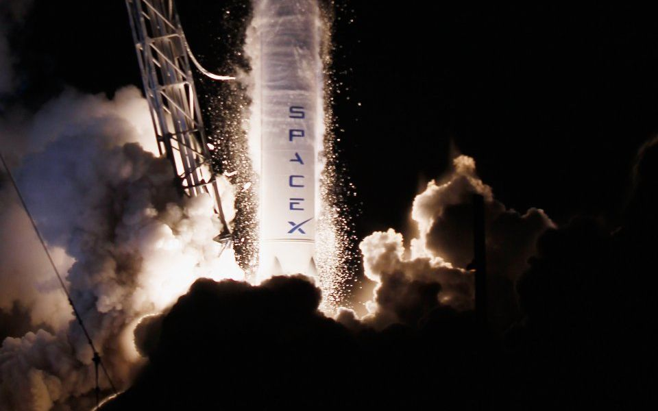 Space X Dragon capsule successfully docks with International Space Station
