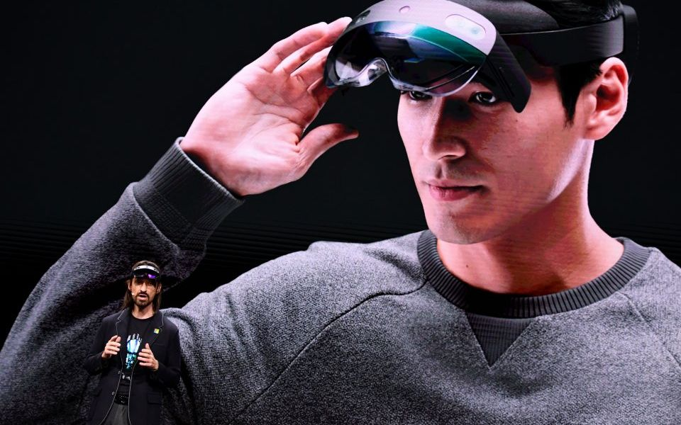 Microsoft goes all-in on holograms in the workplace with the new Hololens 2