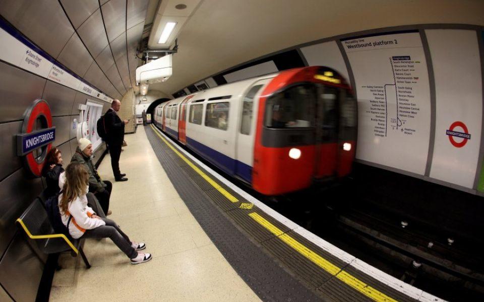Tube Driver Salaries Break £100,000 Barrier Despite Train