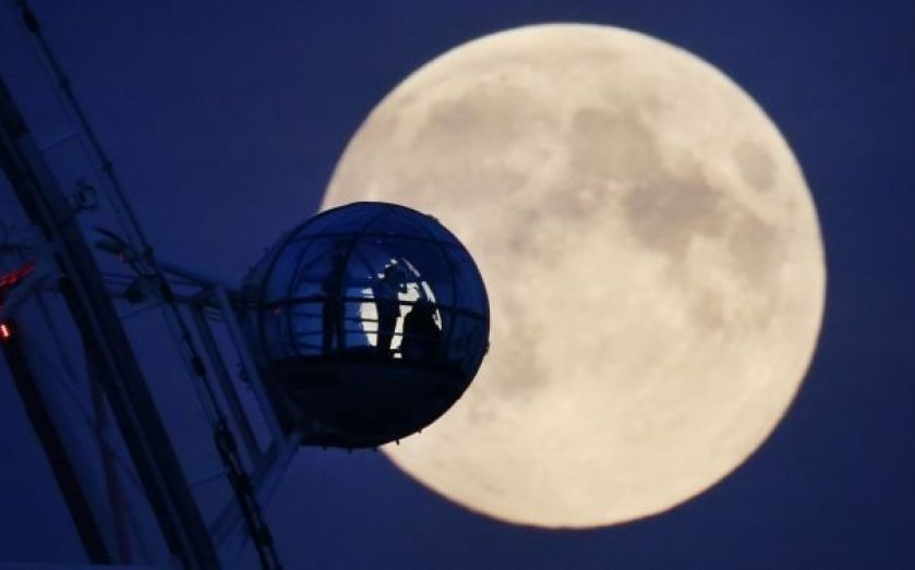moon dating london