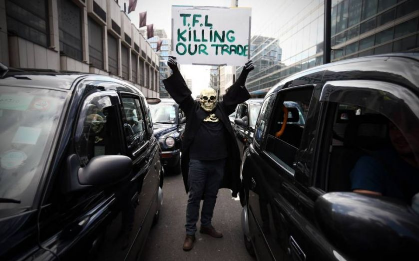 Taxi protest shuts down more London roads as black cab drivers block TfL office over Uber regulation