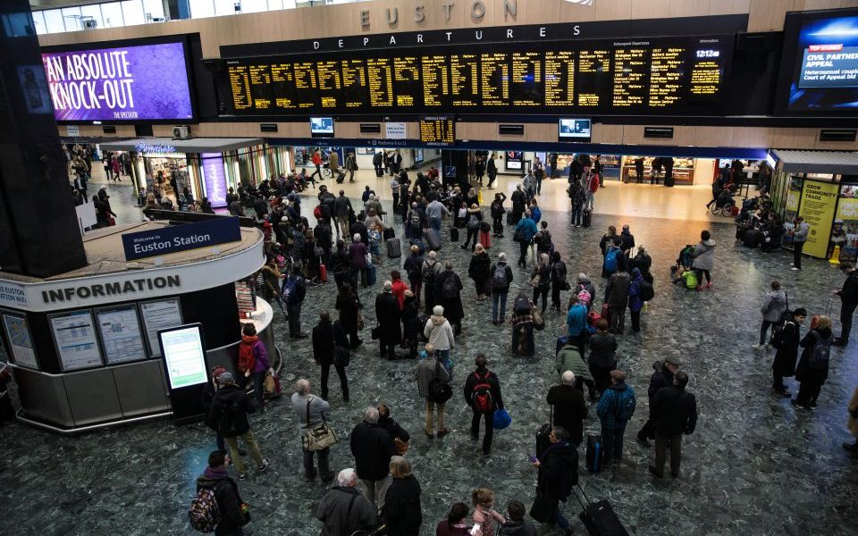 Passengers warned of disruption as Euston station set to close over Easter and May Bank holiday weekends