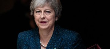 Downing Street: Theresa May will rule out a customs union if no Brexit deal is reached