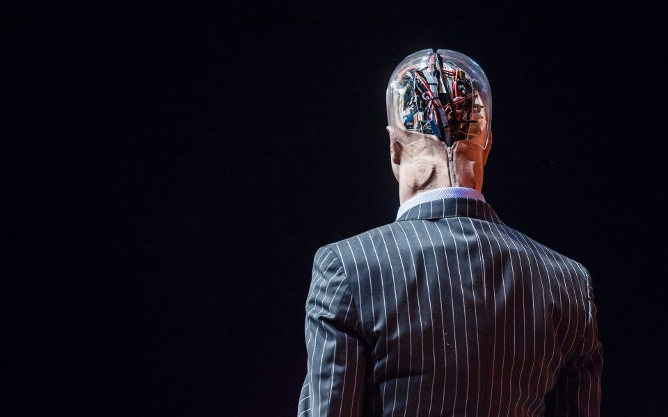 Machine learning, artificial intelligence and robo-advisers: The future of finance?
