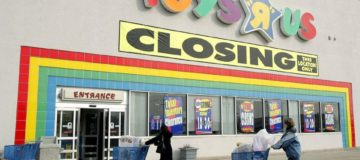 Who killed Toys 'R' Us?