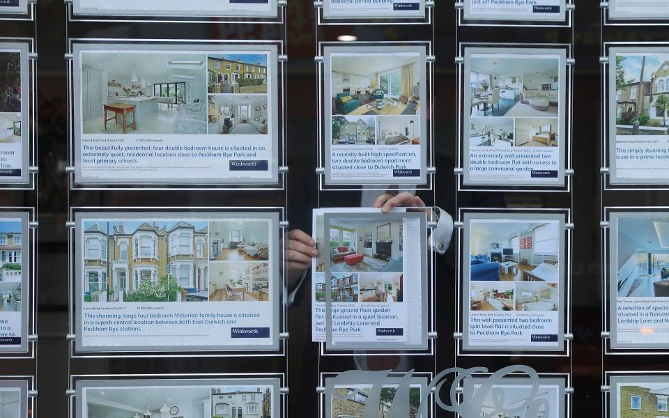 London house prices slump as Brexit stagnation spreads to suburbs