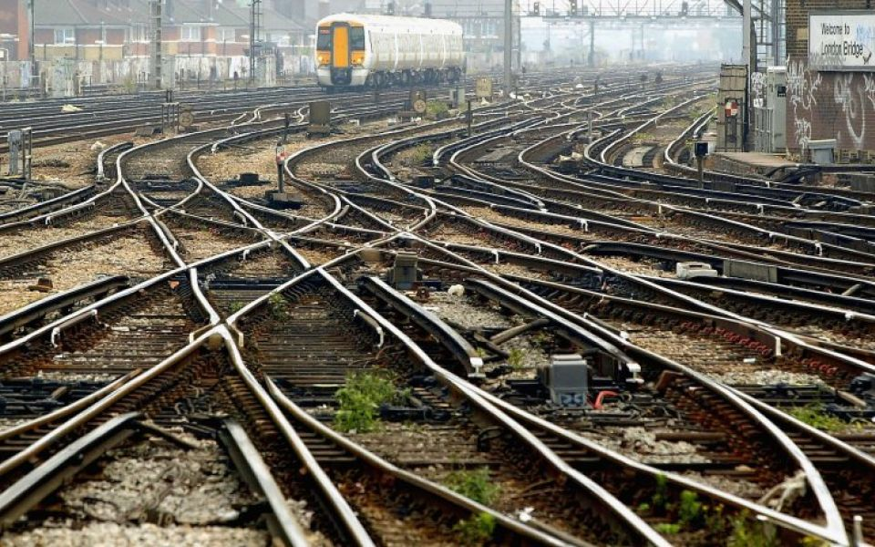 RMT union to claim higher pay for Network Rail workers following row with Chris Grayling