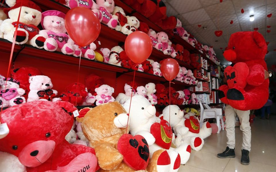 DEBATE: Is Valentine's Day just a commercial gimmick?