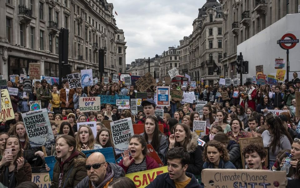 London Oxford Street traffic brought to standstill by climate change protest