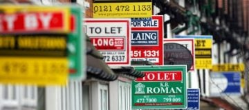UK house prices suffer fifth month of 'subdued' growth amid Brexit uncertainty