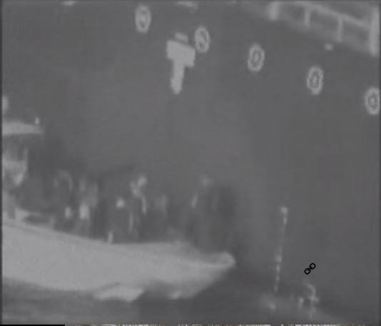 Gulf of Oman oil tanker attack: US says video shows Iran removing unexploded mine