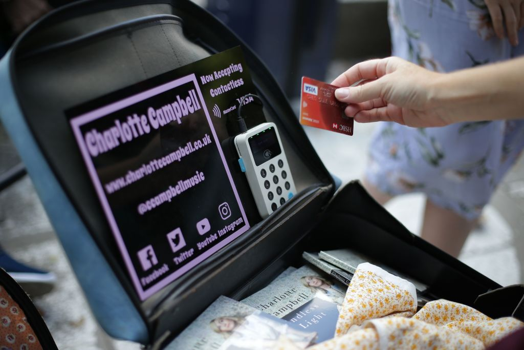 Contactless and mobile payments surge in UK in 2018