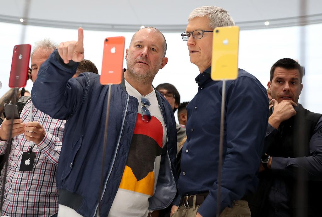 Apple loses $10bn as iPhone designer Sir Jony Ive steps down