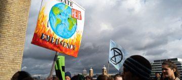 UK commits to slash net emissions to zero by 2050