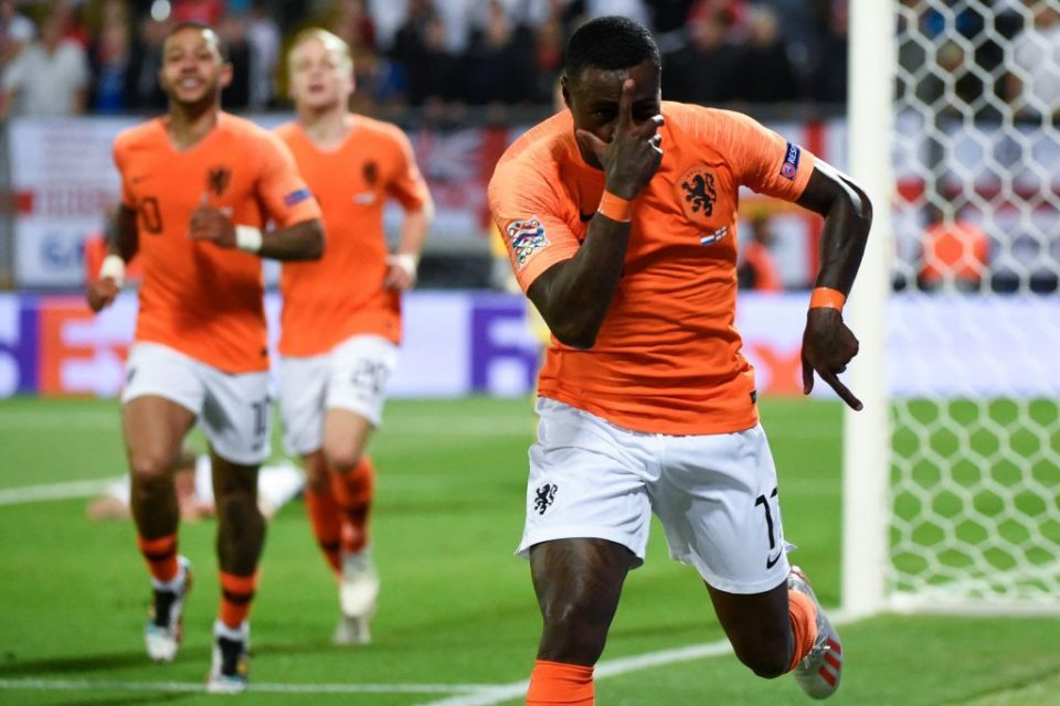 Netherlands' forward Quincy Promes celebrates his team's second goal during the UEFA Nations League semi-final football match between The Netherlands and England at the Afonso Henriques Stadium in Guimaraes on June 6, 2019. (Photo by MIGUEL RIOPA / AFP)        (Photo credit should read MIGUEL RIOPA/AFP/Getty Images)