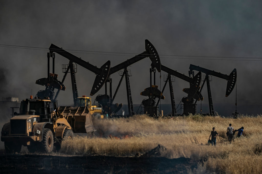 Oil prices pushed down by US stockpile data