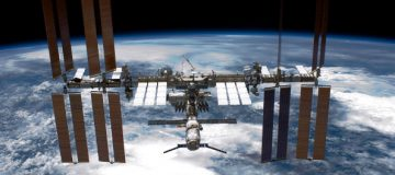 Nasa opens International Space Station to tourists from 2020