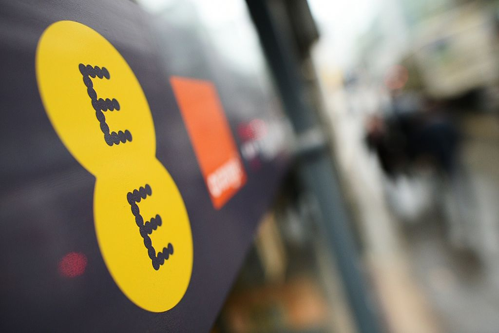 EE fined £100,000 for unlawful spam text messages