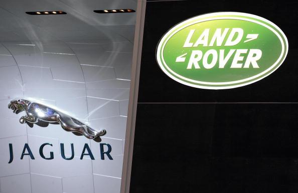 Moody's downgrades Jaguar Land Rover as it battles China slowdown