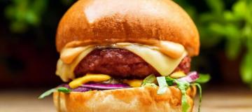 Vegan burger startup Beyond Meat hits triple its IPO price as it eyes up European expansion