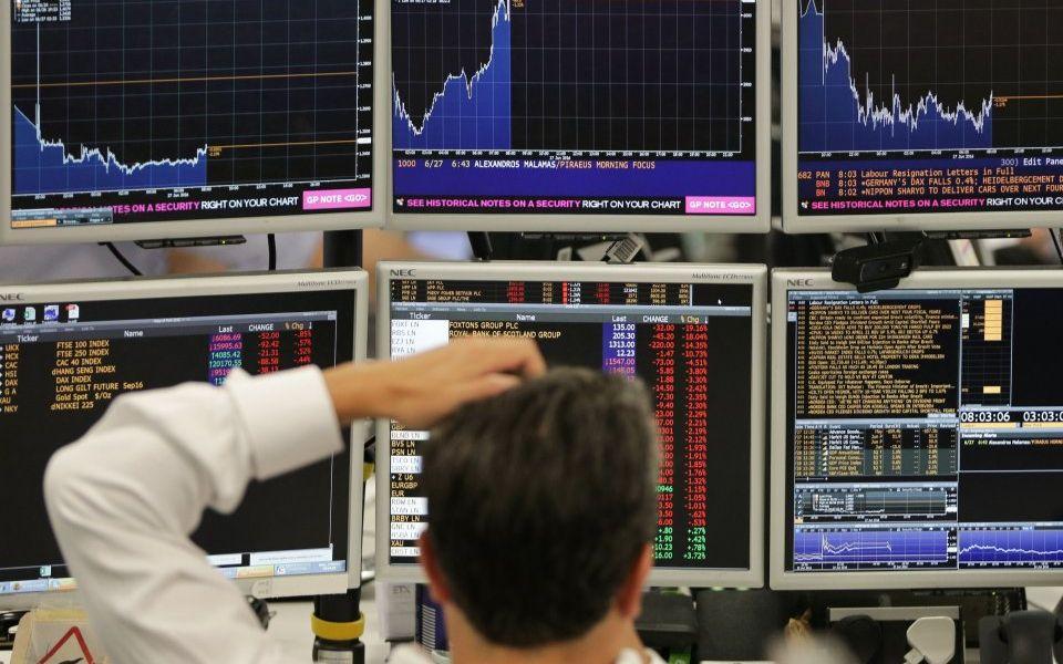 FTSE 100 falls sharply amid Brexit turmoil and US-China trade war