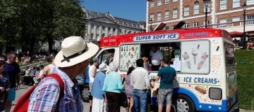 London councils give ice cream vans the cold shoulder in pollution crackdown