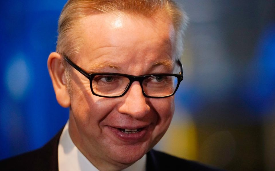 Gove 'to offer free British passports' to 3m EU nationals living in UK at time of Brexit vote