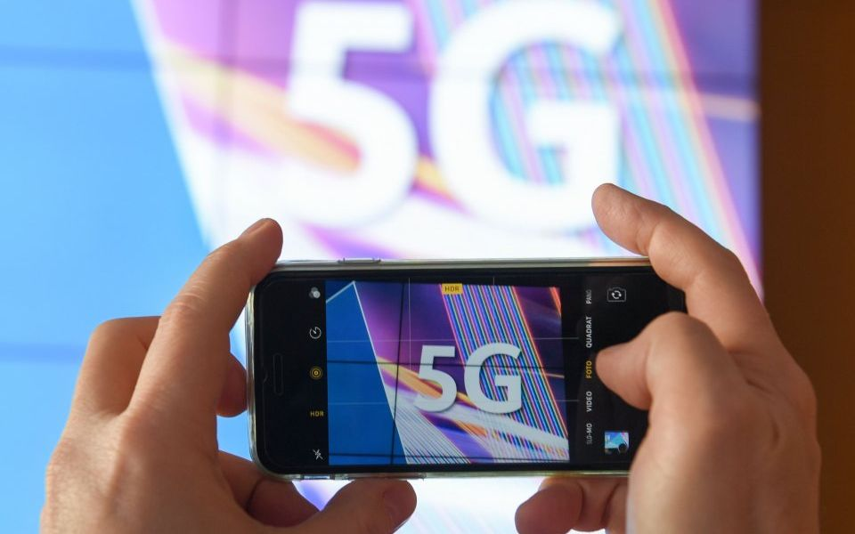 EE and Vodafone ditch Huawei devices from summer 5G rollout